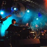 Bert met band (DFN)